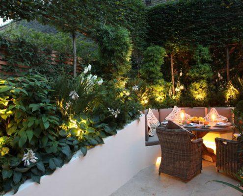 tạo không gian xanh sân vườn sau nhà